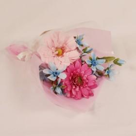 ガーベラ ブルースター 花束 ミニブーケ アートフラワー アーティフィシャルフラワー 造花 かわいい 贈り物 プレゼント プチギフト ピンク chloe801009