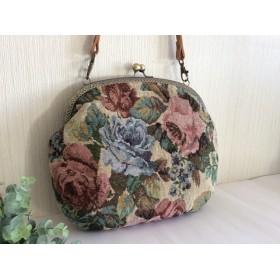 大きめがま口バッグ 薔薇のゴブラン織り