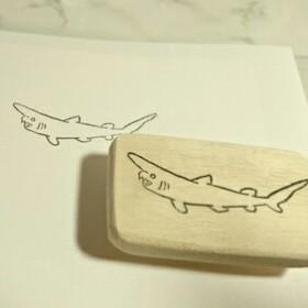 ミツクリザメ[深海魚]消しゴムはんこ