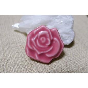 ピンクバラの帯留め(小)