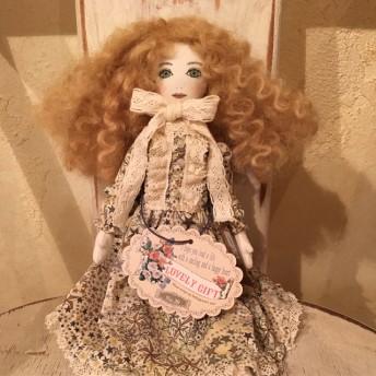 【Sold Out】La Fille Porte Bonheur 女の子のドール アデラジャ