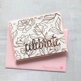 キラキラ華やかなお祝いカード