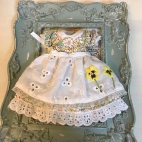 ドール服 ⃛ リバティ ワンピ+刺繍エプロンセット