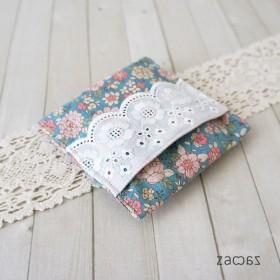 【販売終了】ポケットに入るサニタリーポーチ花柄ブルーグリーン