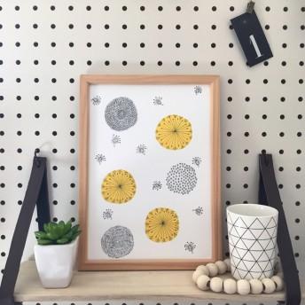 北欧風黄色い花のインテリアポスター