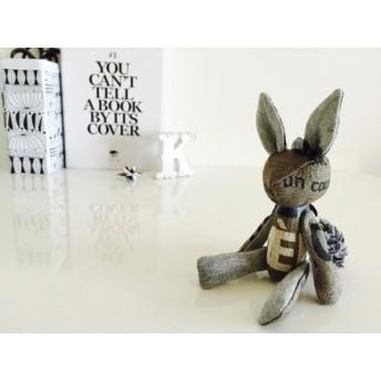 monotone rabbit (no.2)