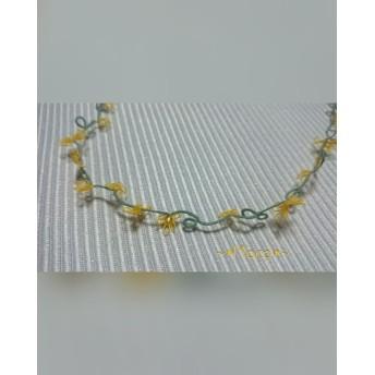 【送料無料】タティングレースの小さなお花のネックレス*黄色*