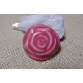 ピンクバラの帯留め