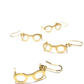 ゆらゆら揺れるメガネのピアス