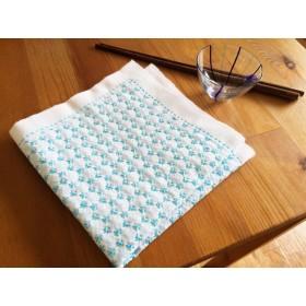 和カフェ風 刺し子のマルチクロス 日本の伝統刺繍をモダンに。