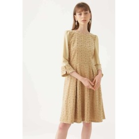 50%OFF JILLSTUART (ジルスチュアート) 《JILLSTUART White》メアリーべロア刺繍ドレス BEIGE(040)