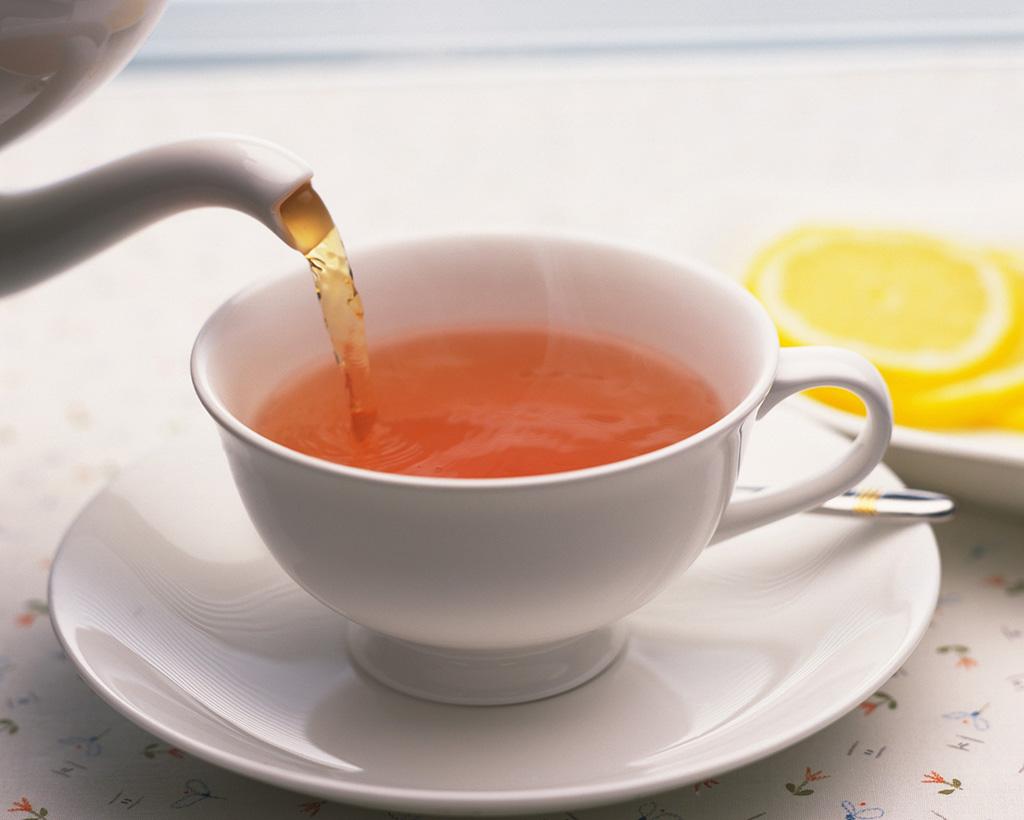 カップに注がれる紅茶
