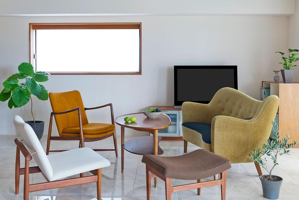 北欧家具と観葉植物
