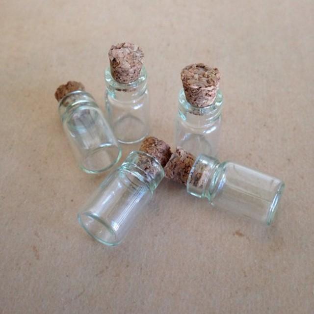 送料無料 ミニチュアコルク瓶5つセット