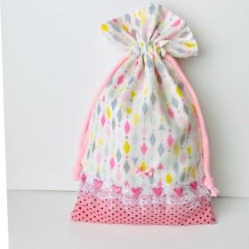 ◆ハンドメイド◆ 給食袋◆コップ袋◆巾着◆カラフル×ピンク黒ドット◆32×20