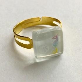 タツノオトシゴと貝のガラス指輪