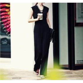 結婚式のパンツスタイル パンツドレス ワイドパンツ ノースリーブ 20代 30代 黒 ブラック 着痩せ Vネック きれいめ お呼ばれ 春夏
