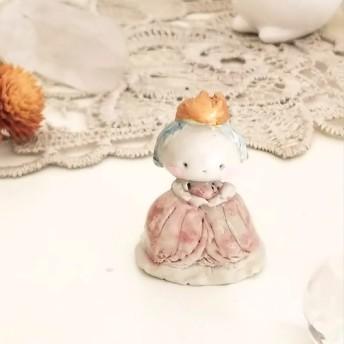 小さなお姫様の陶製ドール