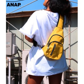 ANAP アナップ ジップナイロンショルダーバッグ