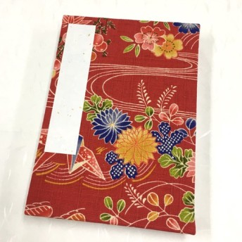 赤色 日本の花模様/御朱印帳【中】