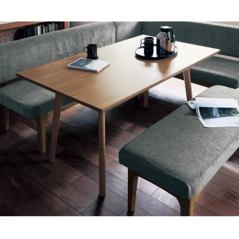 空間を広く使おう。ソファーダイニングテーブル