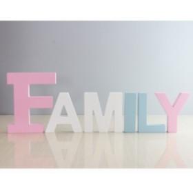 【お取り寄せ】置物 英字モチーフ パステルカラー 木製 (FAMILY)