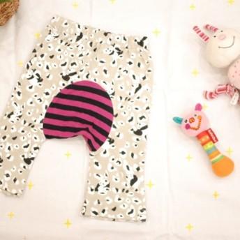 【70】Baby'sモンキーパンツ*ベージュグレーのパンダ柄×ピンクボーダー