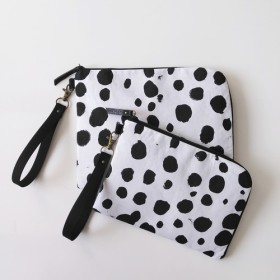 Half zipper clutch bag(M)020.5 母子手帳ケース/通帳ケース/お薬手帳ケース/パスポート