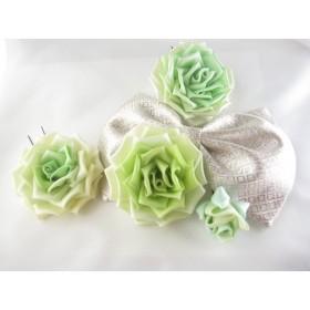 イエローグリーンの薔薇と銀色リボンの髪飾り つまみ細工 送料無料