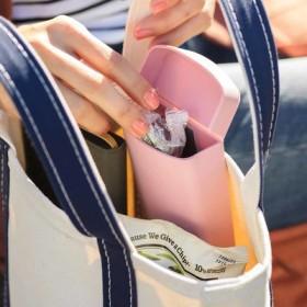 洗えて清潔 バッグに付けられる エラストマー素材のポケットケースの会 フェリシモ FELISSIMO【送料:450円+税】