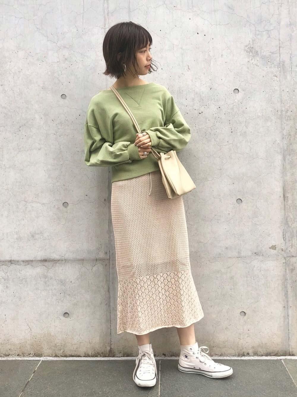 女性らしさ漂う柄編みニットスカート