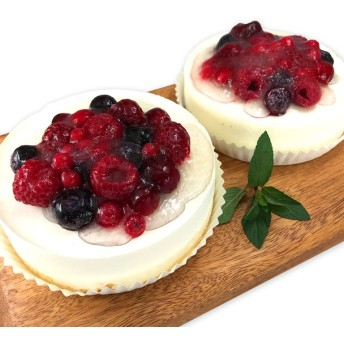 表参道「カフェ・ル・ポミエ」 ベリーズレアチーズケーキ