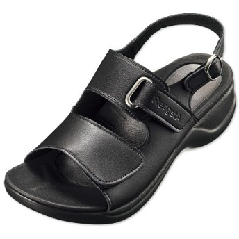 リゲッタワークローリングサンダル - セシール ■カラー:ブラック ■サイズ:S(22-22.5cm),L(24cm),M(23-23.5cm),L(24-24.5cm)