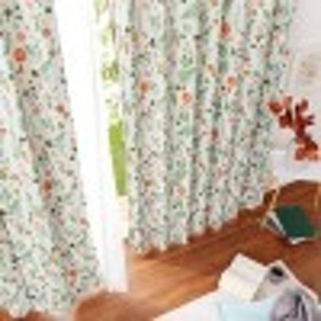 スウェーデンのデザイナーが企画した遮光カーテンLEAF