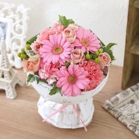 【日比谷花壇】そのまま飾れるブーケ「ラブリーピンク」