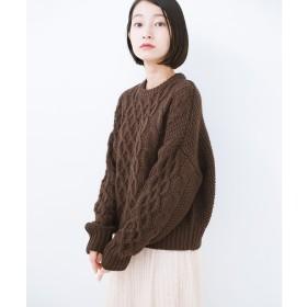 haco! 【mer2月号掲載】古着屋さんにありそうな ざっくり編みがかわいいウール混ケーブルニットby que made me(ブラウン)