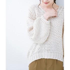 haco! 手編み風のざっくり感で女っぽい Vネックの甘編みルーズニット(アイボリー)【返品不可商品】