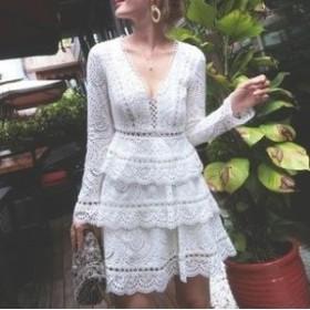 ホワイトレースで大人上品な印象に Aライン ティアードワンピースドレス Vネック ハイウエスト 透け感 エレガント フェミニン