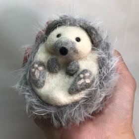ふわっふわ〜なハリネズミ【針山 銀平】 羊毛フェルト
