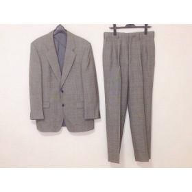 【中古】 ロベルタ ディ カメリーノ シングルスーツ サイズPM メンズ グレー 黒 チェック柄/ネーム刺繍