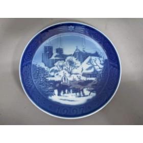【中古】 ロイヤルコペンハーゲン プレート ブルー ホワイト クリスマスプレート1997 陶器
