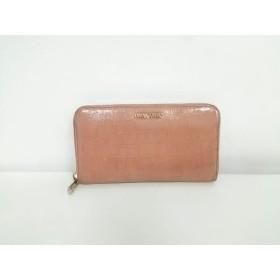 【中古】 ミュウミュウ miumiu 長財布 - 5M0506 ピンク ラウンドファスナー/型押し加工 レザー