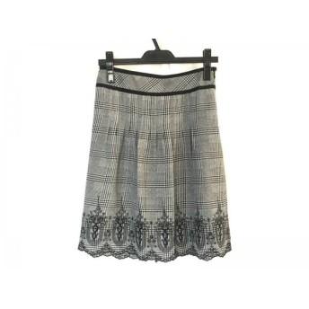 【中古】 ジャスグリッティー JUSGLITTY スカート サイズ2 M レディース 美品 ライトグレー 黒 刺繍