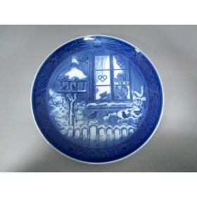 【中古】 ロイヤルコペンハーゲン プレート 新品同様 ブルー 白 クリスマスプレート2001 陶器