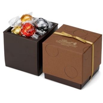 リンツ Lindt チョコレート チョコ スイーツ ギフト リンドールスクエアギフトボックス 6種アソート12個入り