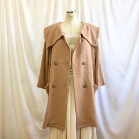 セール価格★レトロなピンク ️リボンヤン素材のビック襟ジャケットコート ベージュピンク(サイズフリーL〜L L)