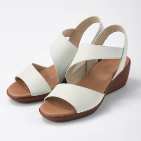 サンダル 靴 レディース 小さいサイズ 40代 30代 履きやすい 疲れにくい 外反母趾 本革 洗える 日本製 おしゃれ きれいめ エレガント ホワイト(スムース)
