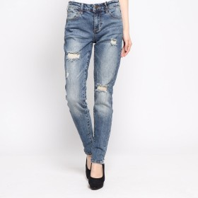 ゲス GUESS DISTRESSED SEXY CURVE DENIM PANT (LEONA WASH)