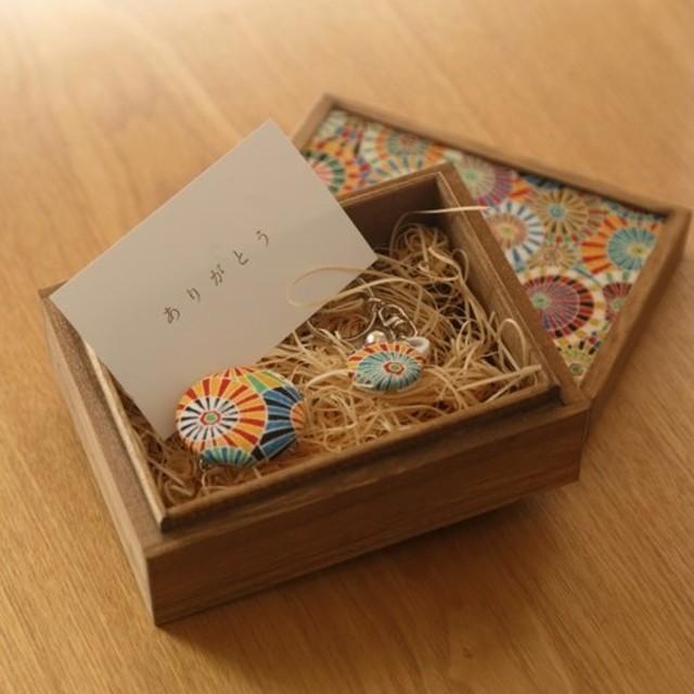 【ギフト】小さな桐箱ときもの小物3点セット 傘文