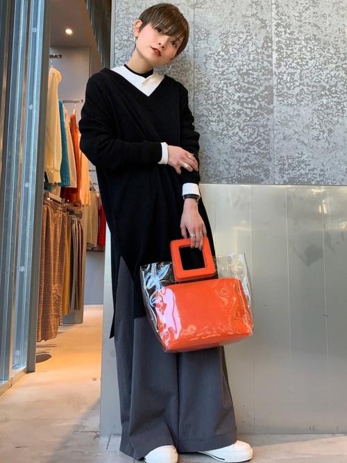 アウェイクニングオレンジのクリアバッグ